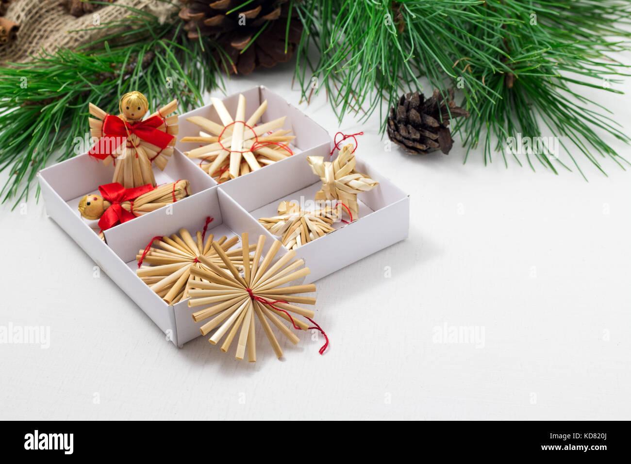 Beste Draht Weihnachtsbaum Rahmen Galerie - Rahmen Ideen ...