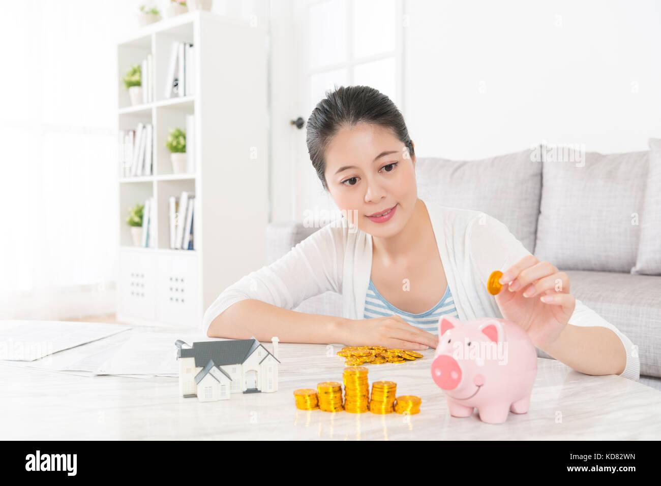 Frauen treffen für geld Stakers — Sportwetten, Live-Wetten, Online Casino & Spiele