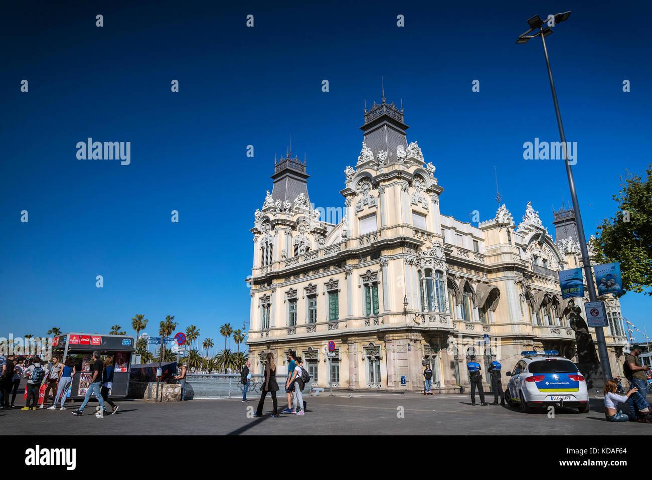 Port Vell Wahrzeichen katalanischen Gebäude im Hafen von Barcelona, in Spanien Stockbild