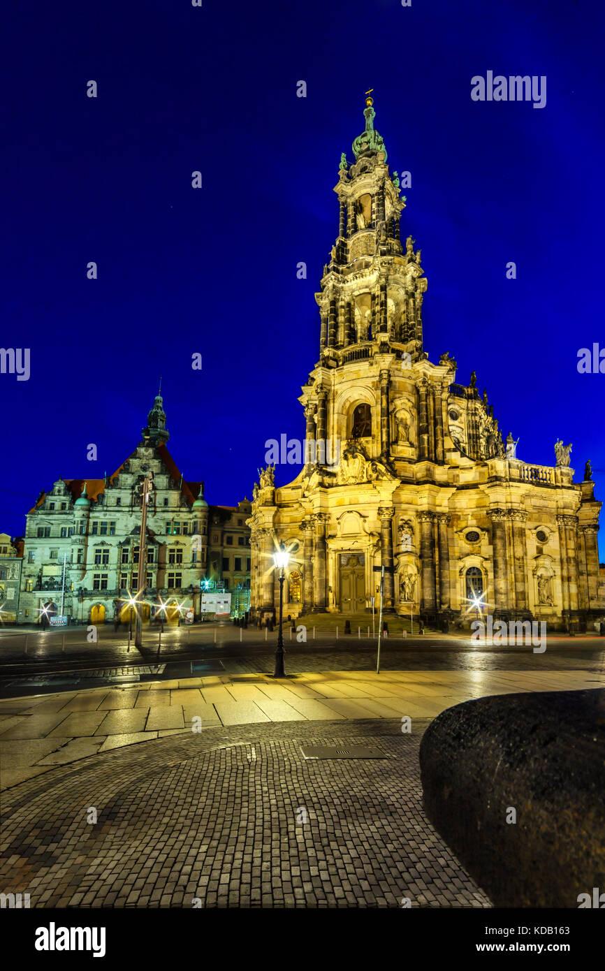 """Die Kreuzkirche """"Kirche des Heiligen Kreuzes"""" in Dresden, der evangelischen Kirche in Deutschland Stockbild"""