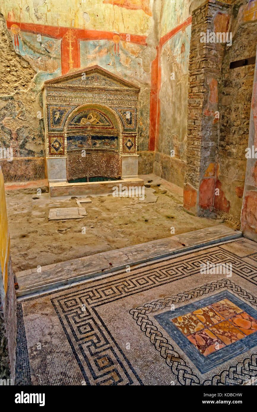 Interior Detail der Taberna Hedones an den Ruinen der römischen Stadt Pompeji in Cortona, in der Nähe Stockbild
