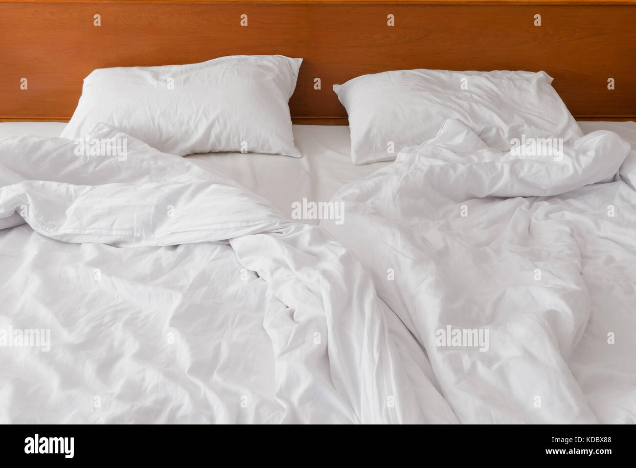 Zerknitterten Bett Weiße Bettwäsche Am Morgen Zum Hotel Nach Der