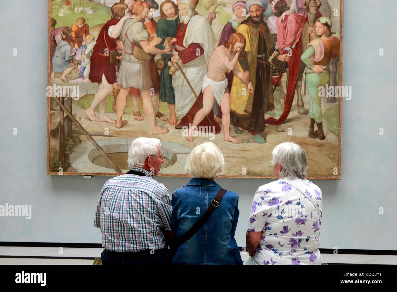Kunst im Museum: Gardinen und Dekostoffe Gemaelde betrachte, Alte