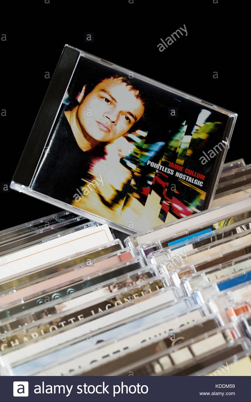 Sinnlos Nostalgischen, Jamie Cullum CD zog aus den Reihen der anderen CD's, Dorset, England Stockbild