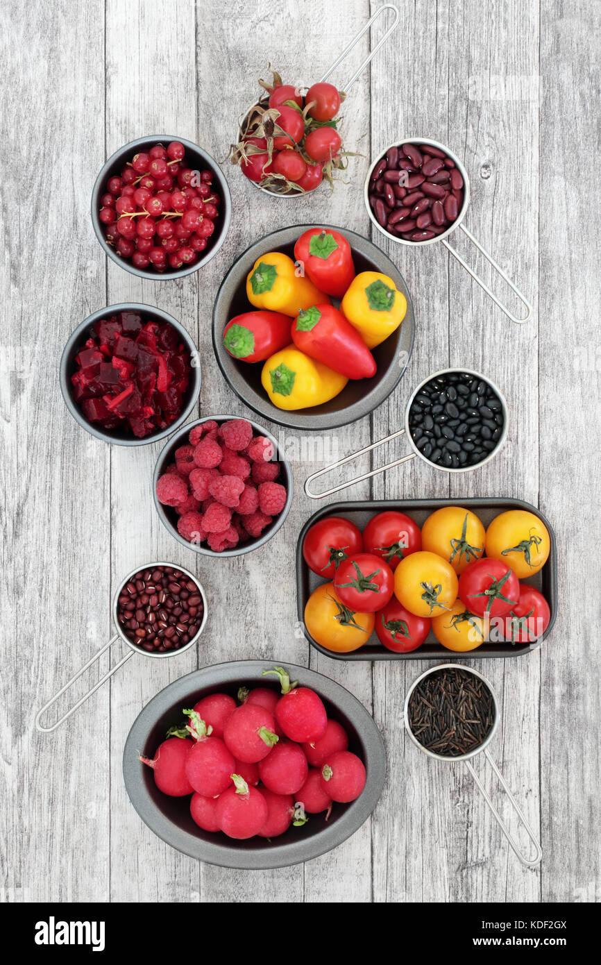 Gesunde Ernährung super Essen die Förderung guter Gesundheit mit Obst, Gemüse, Hülsenfrüchte Stockbild