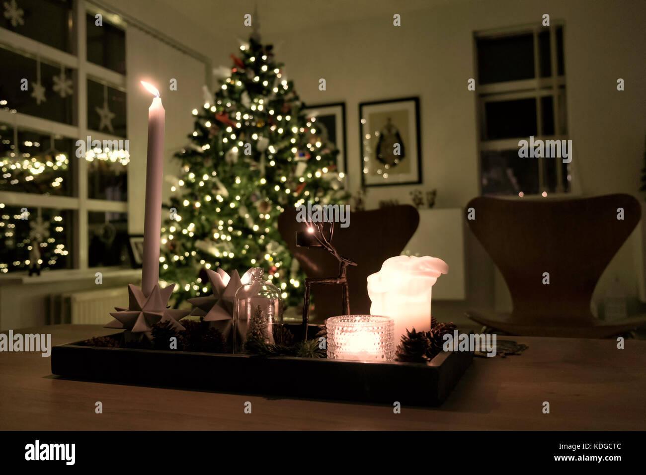 Christmas Living Room Night After Stockfotos & Christmas Living Room ...