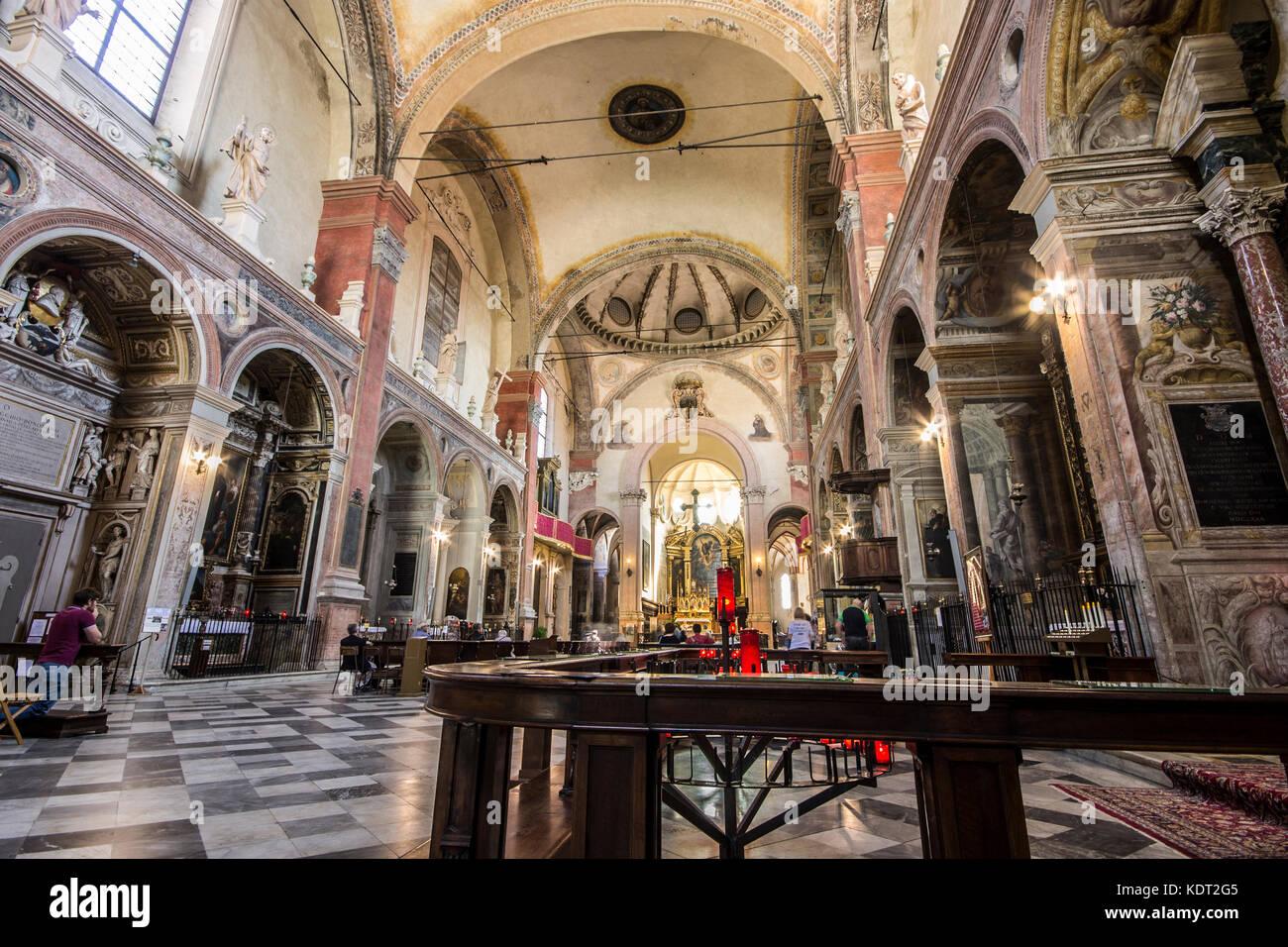 Die Basilika von San Giacomo Maggiore, einem historischen römischen ...