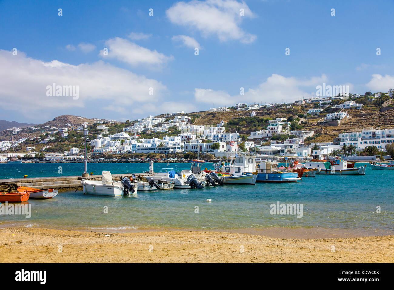 Fischerboote am Bootsanleger von Mykonos-Stadt, Mykonos, Kykladen, aegaeis, Griechenland, Mittelmeer, Europa | Fischerboote Stockbild