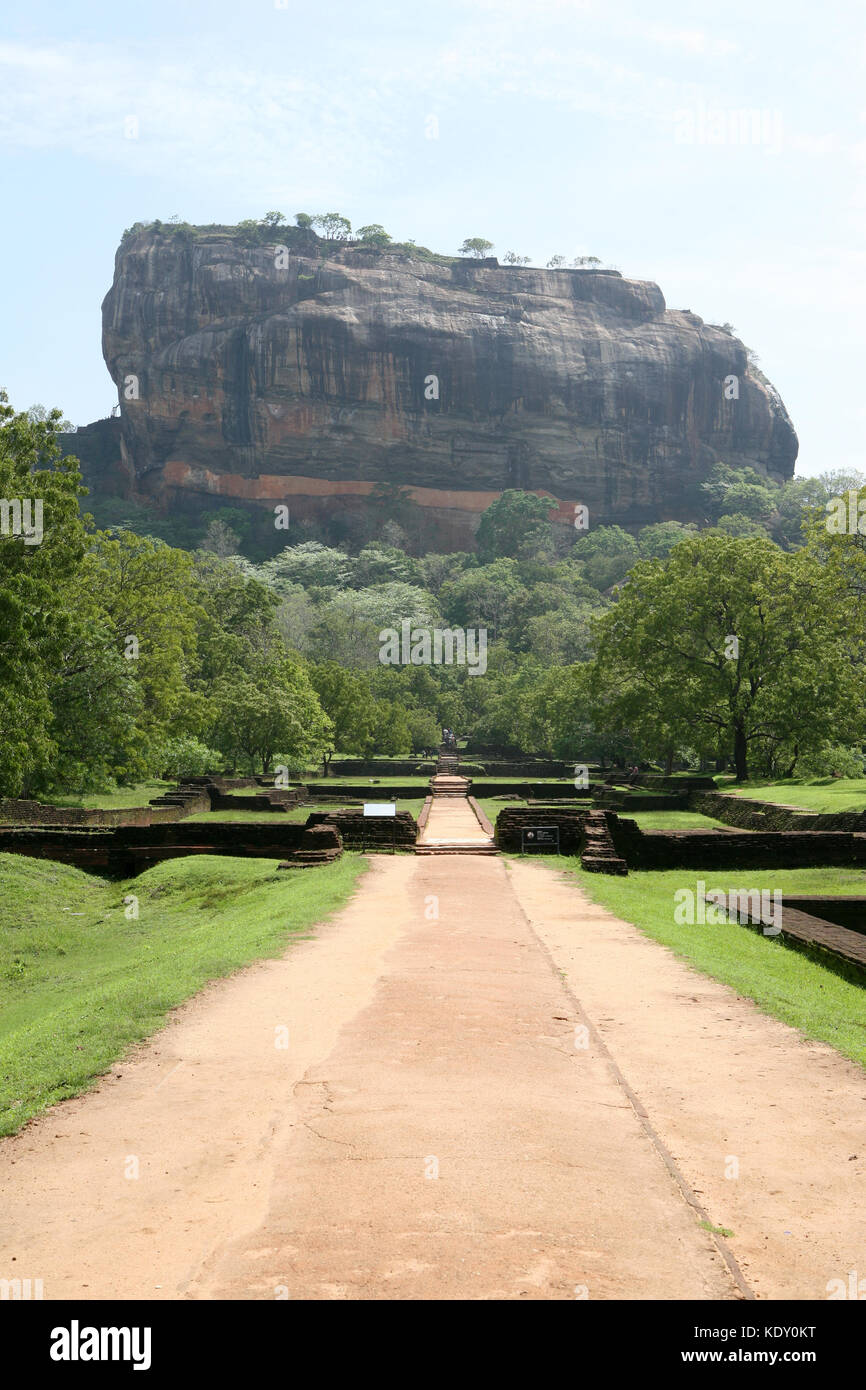 Sigiriya Lion Rock Festung in Sri Lanka mit Wandmalereien - UNESCO-Welterbe Stockbild