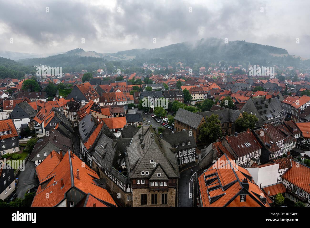 Terrakotta und Schiefer Fliesen von Goslar, Harz, Deutschland - bäckergildehaus, Goslar, Niedersachsen, Deutschland. Stockbild