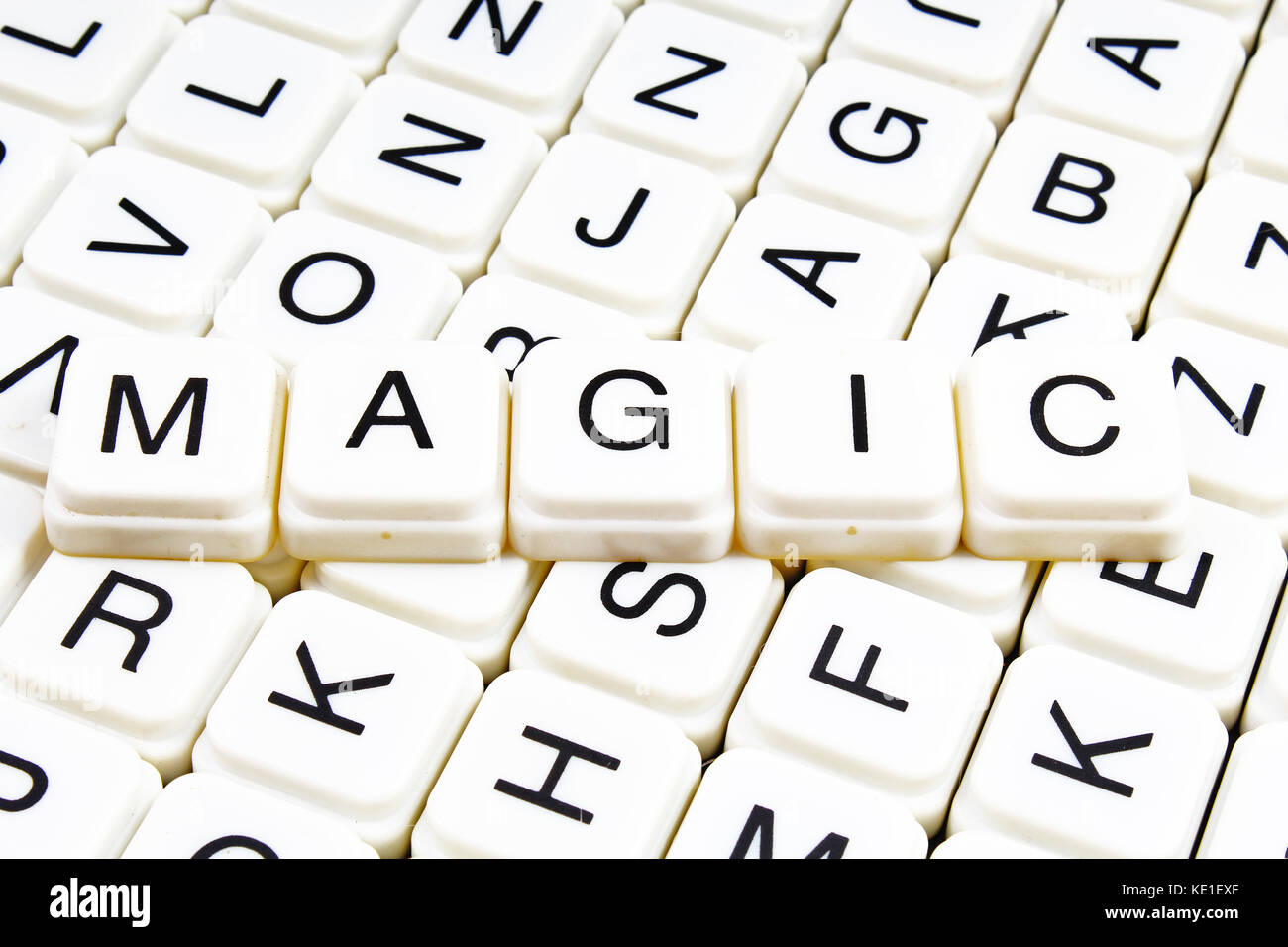Magic Text wort Kreuzworträtsel. Schreiben Alphabet blocks Spiel ...