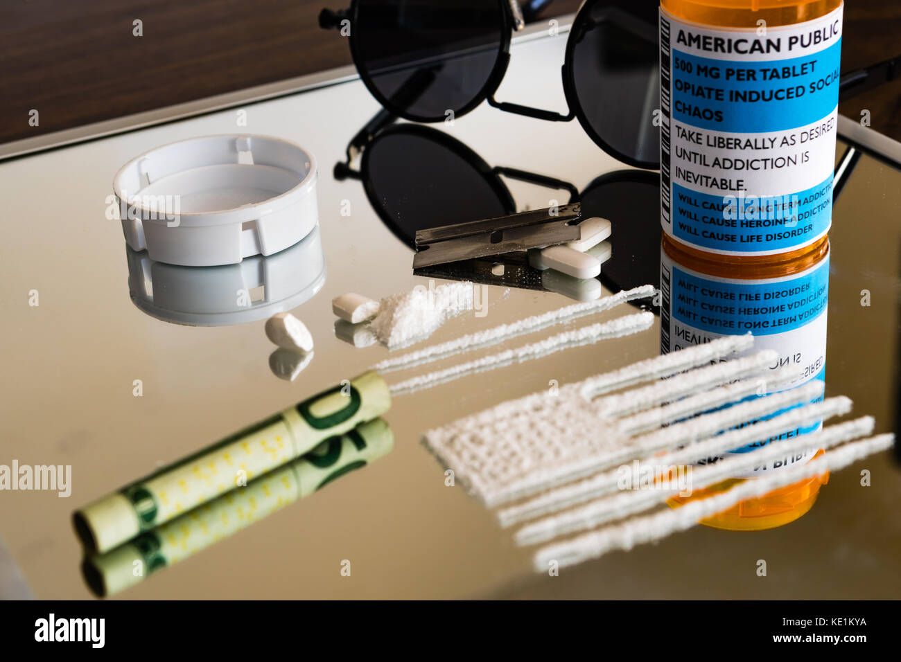 Der Amerika Opiatverschreibung sucht und Überdosierung Problem ist immer die größte Bedrohung der Stockbild