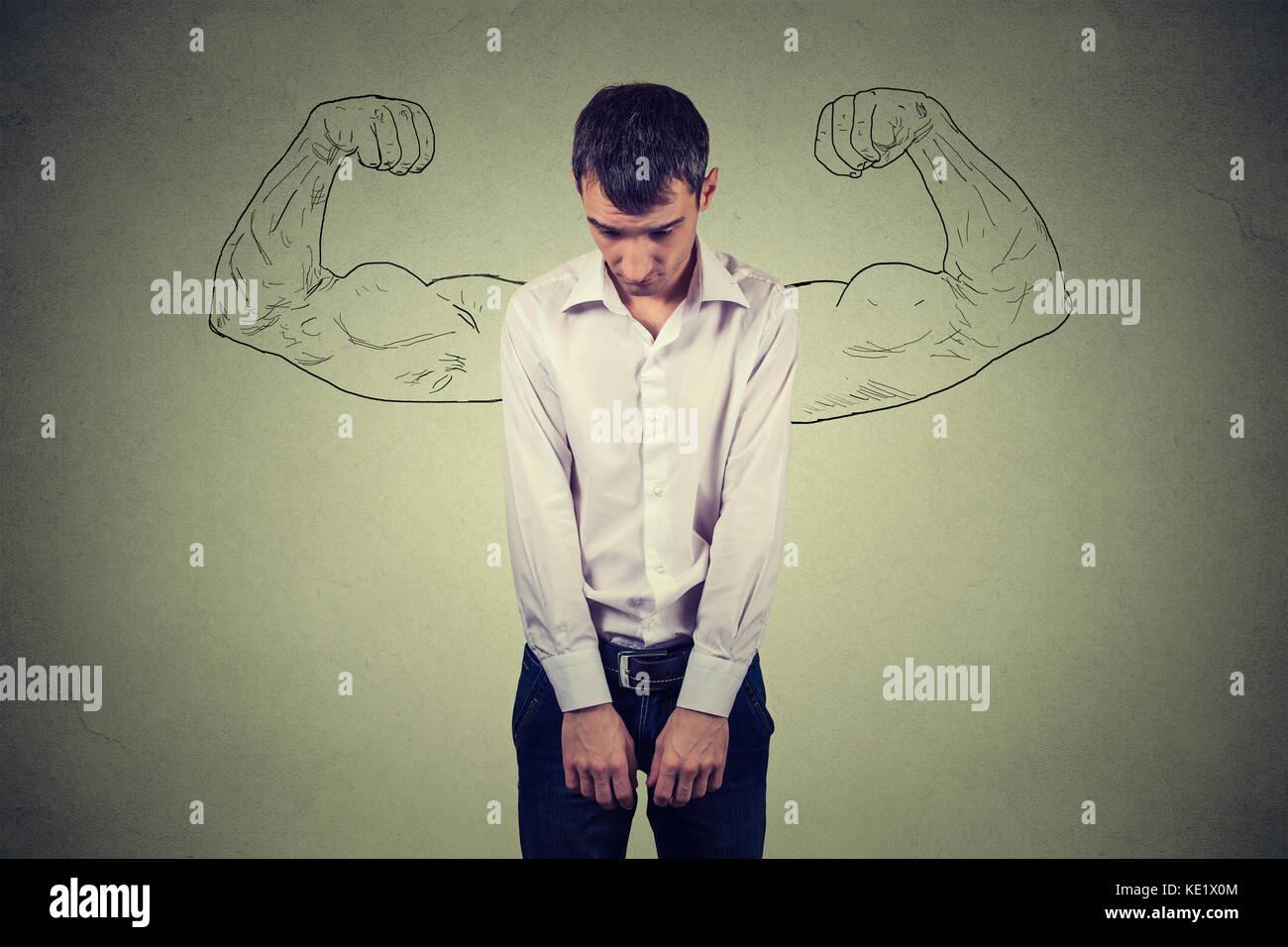 Leistungsstarke Kerl Realität vs Ehrgeiz Wunschdenken Konzept. menschliches Gesicht Ausdrücke, Emotionen. Stockbild