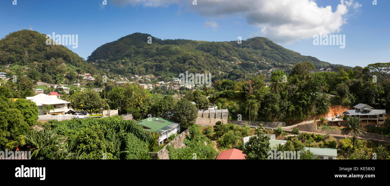 Die Seychellen, Mahe, Victoria, Bel Air, Suburban Häuser, Panoramablick Stockbild