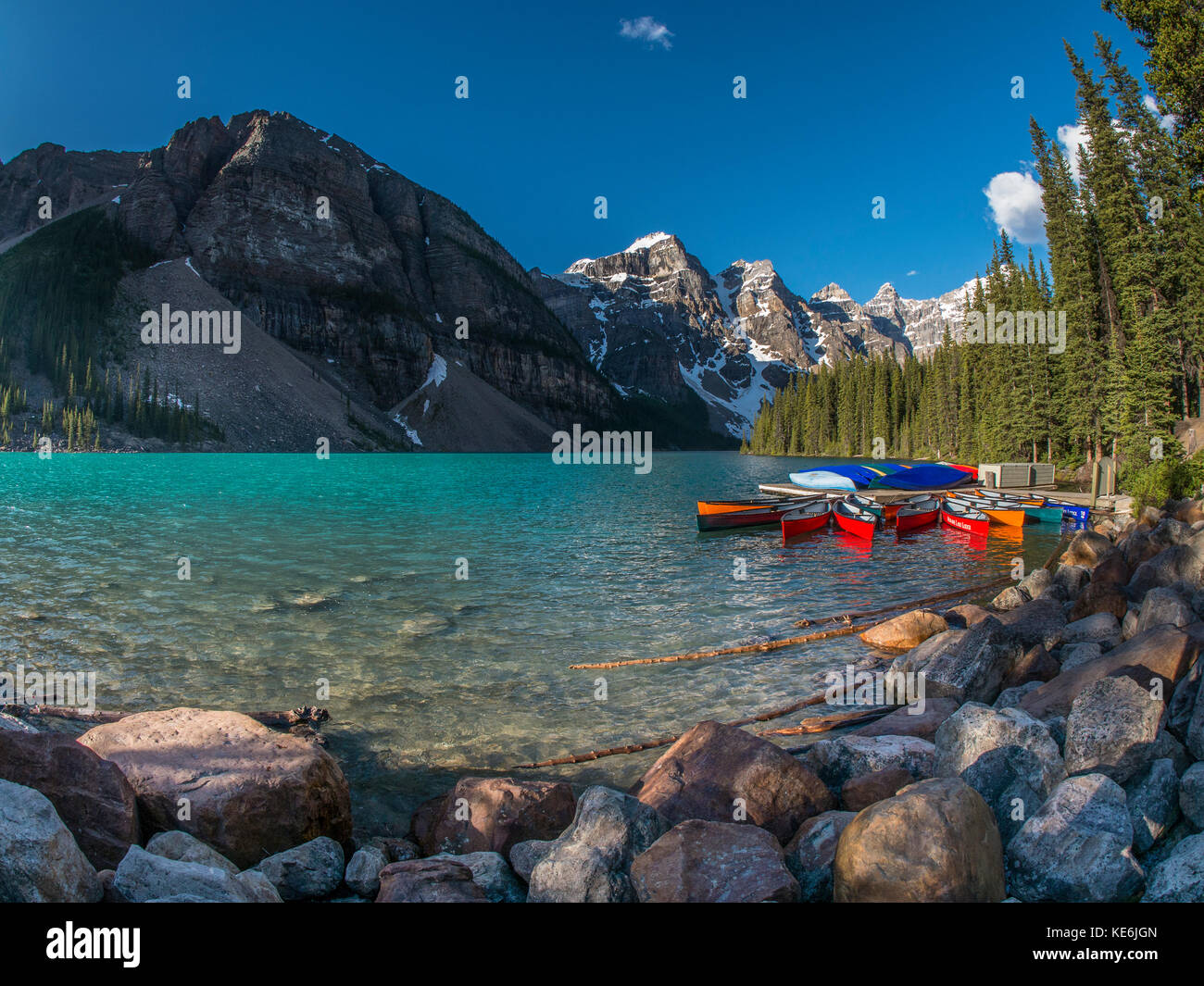 Moraine Lake, Banff Nationalpark, Alberta, Kanada. Stockbild