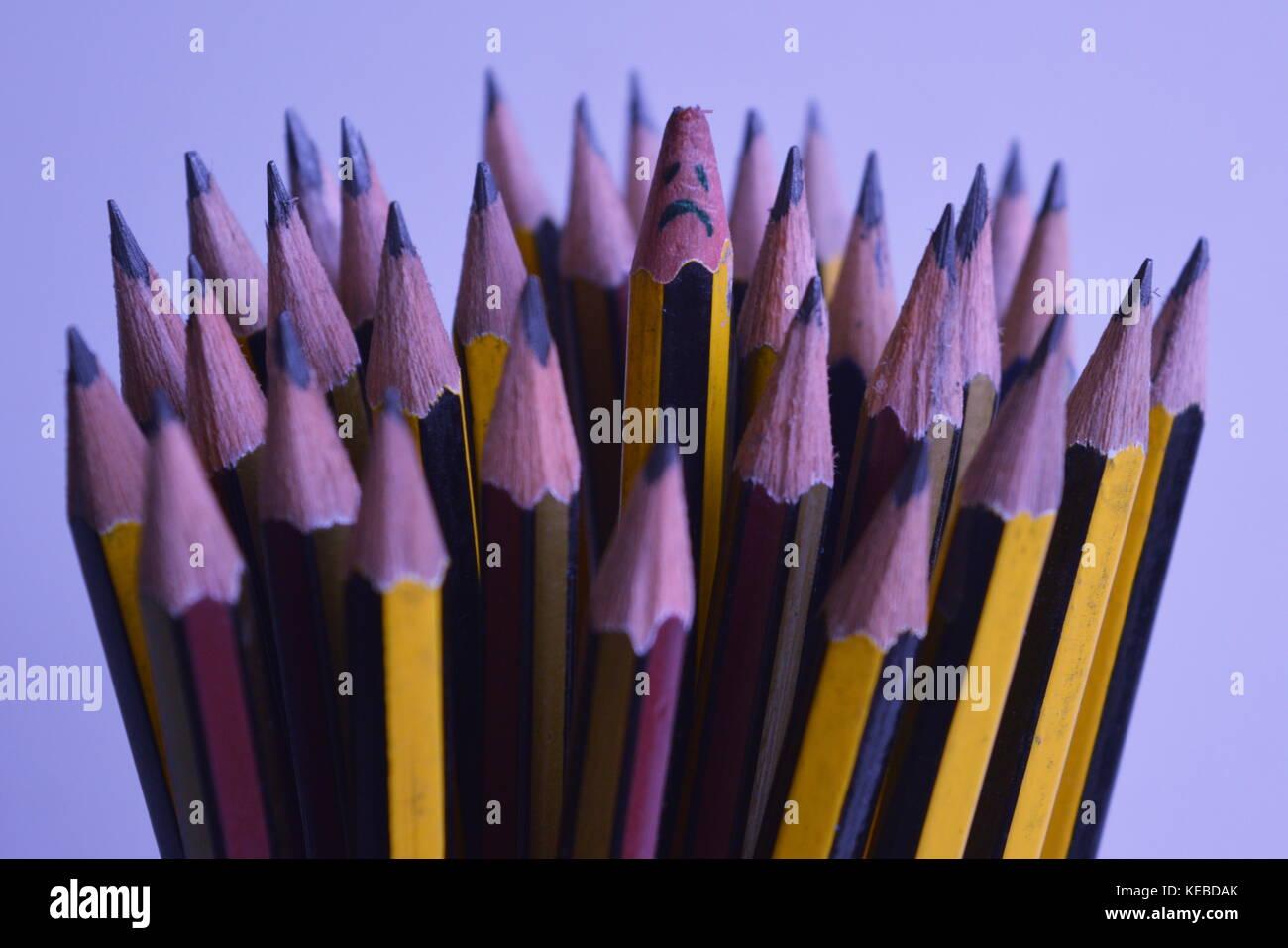 Traurig gebrochene Bleistift Stockbild