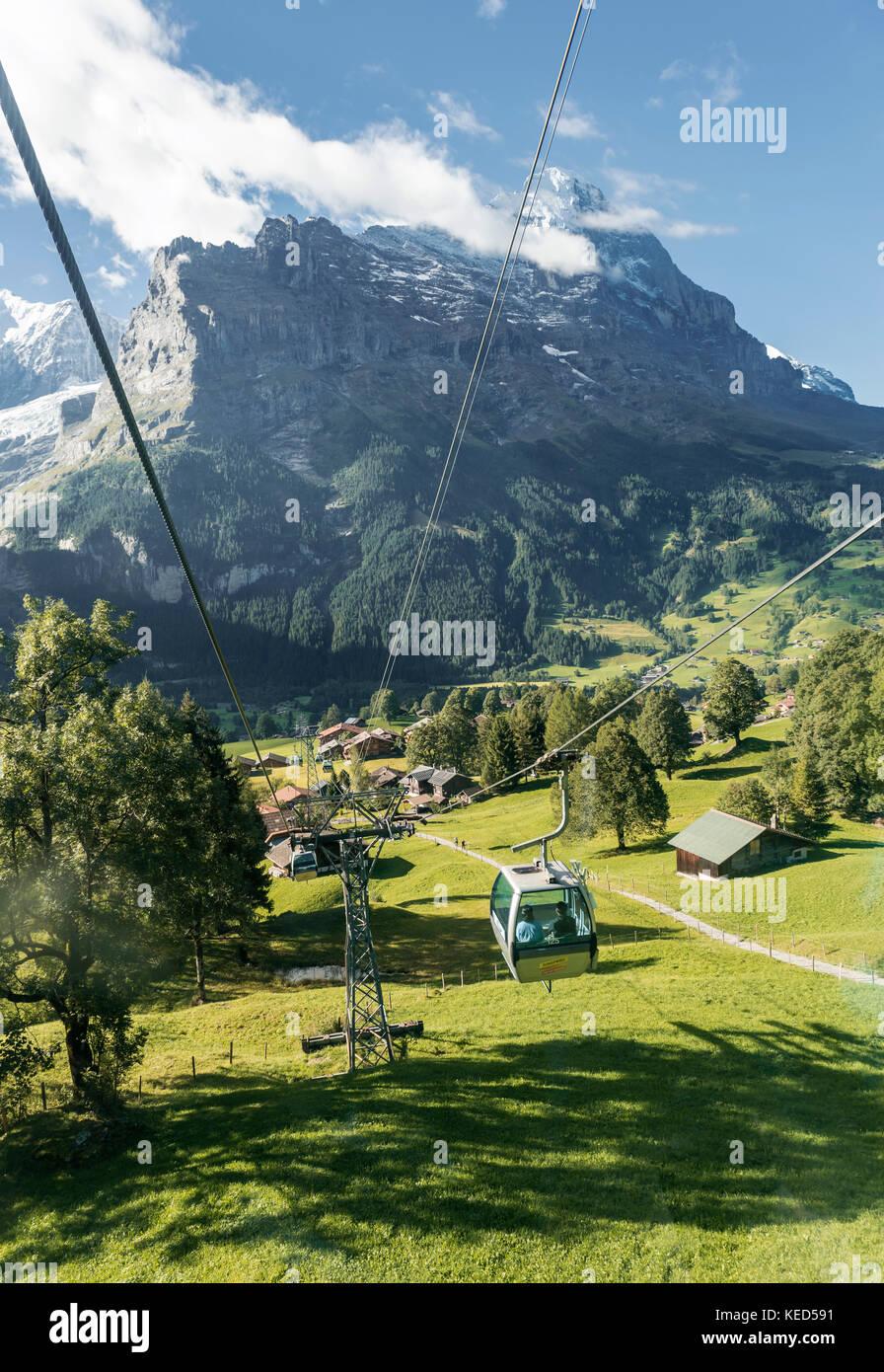 Bergbahn erste nach Grindelwald, Schnee - der Eiger Nordwand Eiger, Mönch, Jungfrau, Grindelwald, Schweiz Stockbild