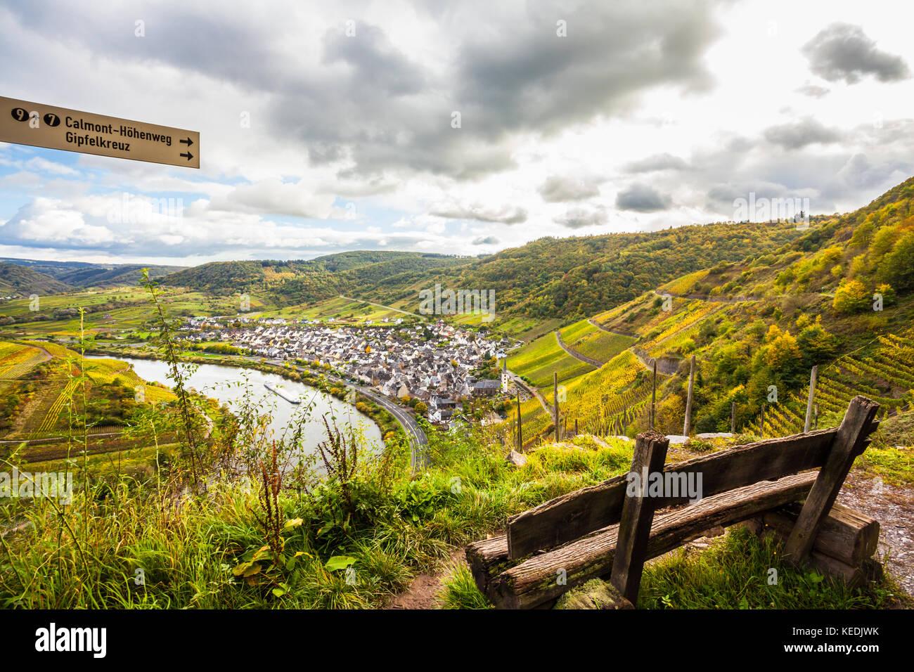 Klettersteig Mosel : Mosel herbst golden weinberge querformat von calmont klettersteig