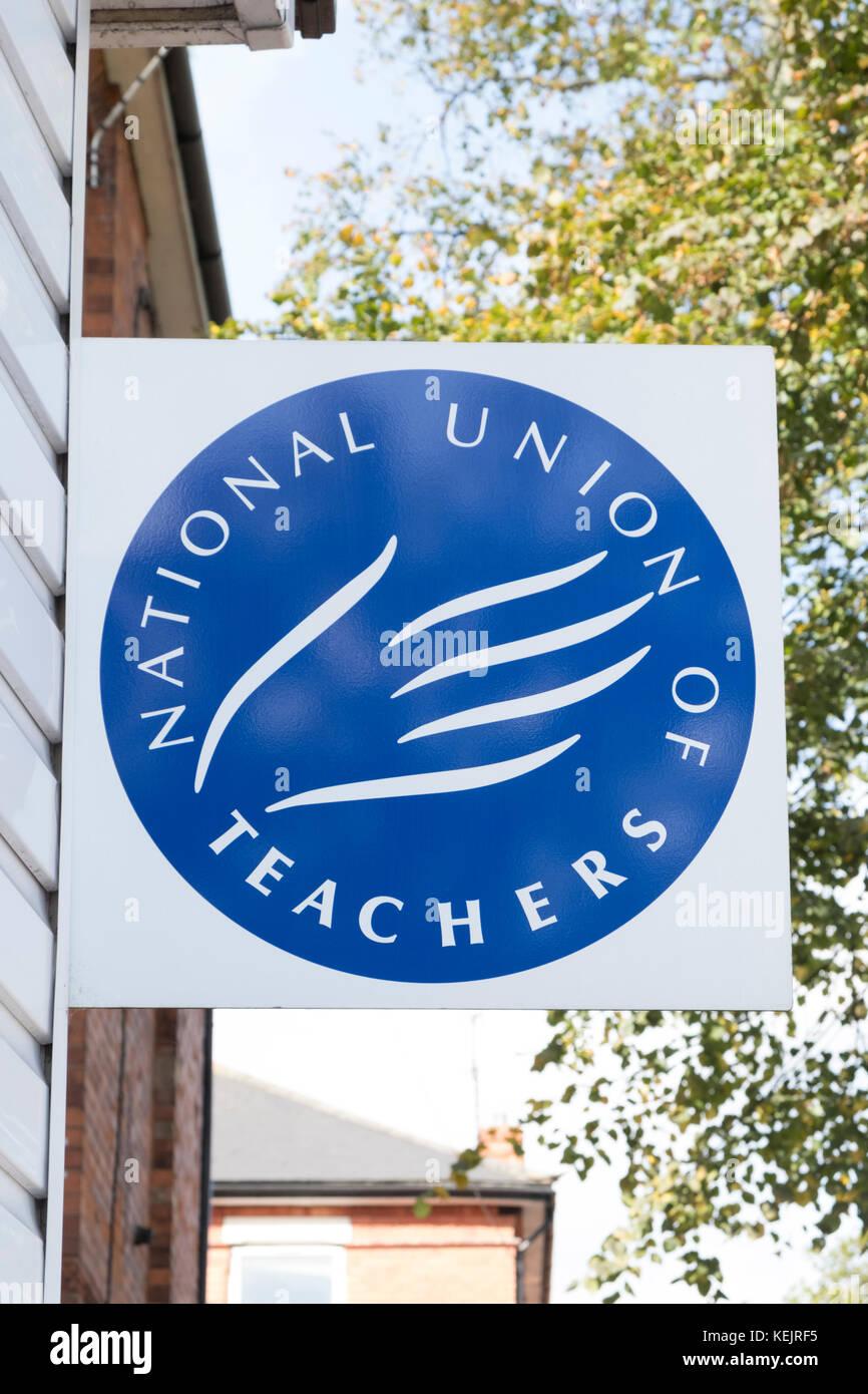 Mutter Zeichen an die Nationale Gewerkschaft der Lehrer Büro, Nottingham, England, Großbritannien Stockbild