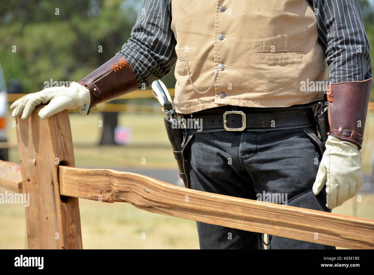 Western Holster mit Six Shooter Revolver Stockbild