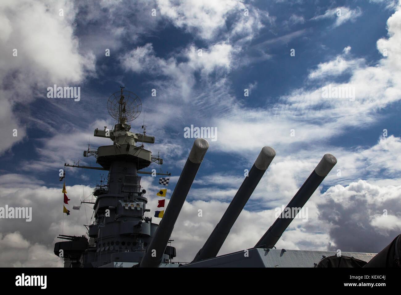 Die Kanonen von der USS North Carolina Stockbild