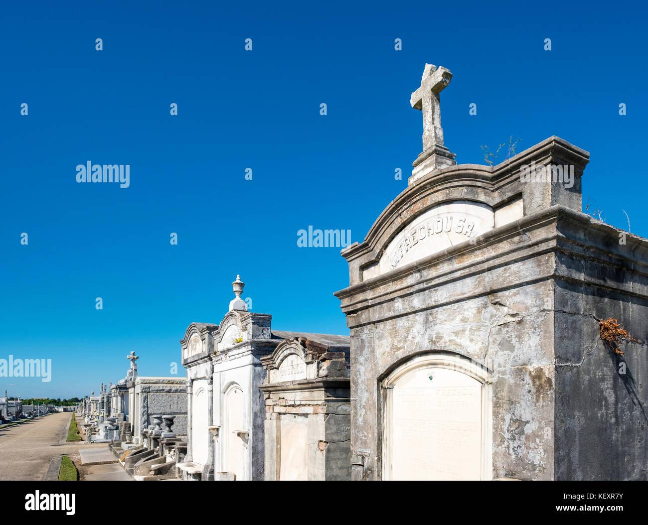 Usa, Louisiana, New Orleans. historischen oberirdischen Gräber in Greenwood Cemetery. Stockfoto