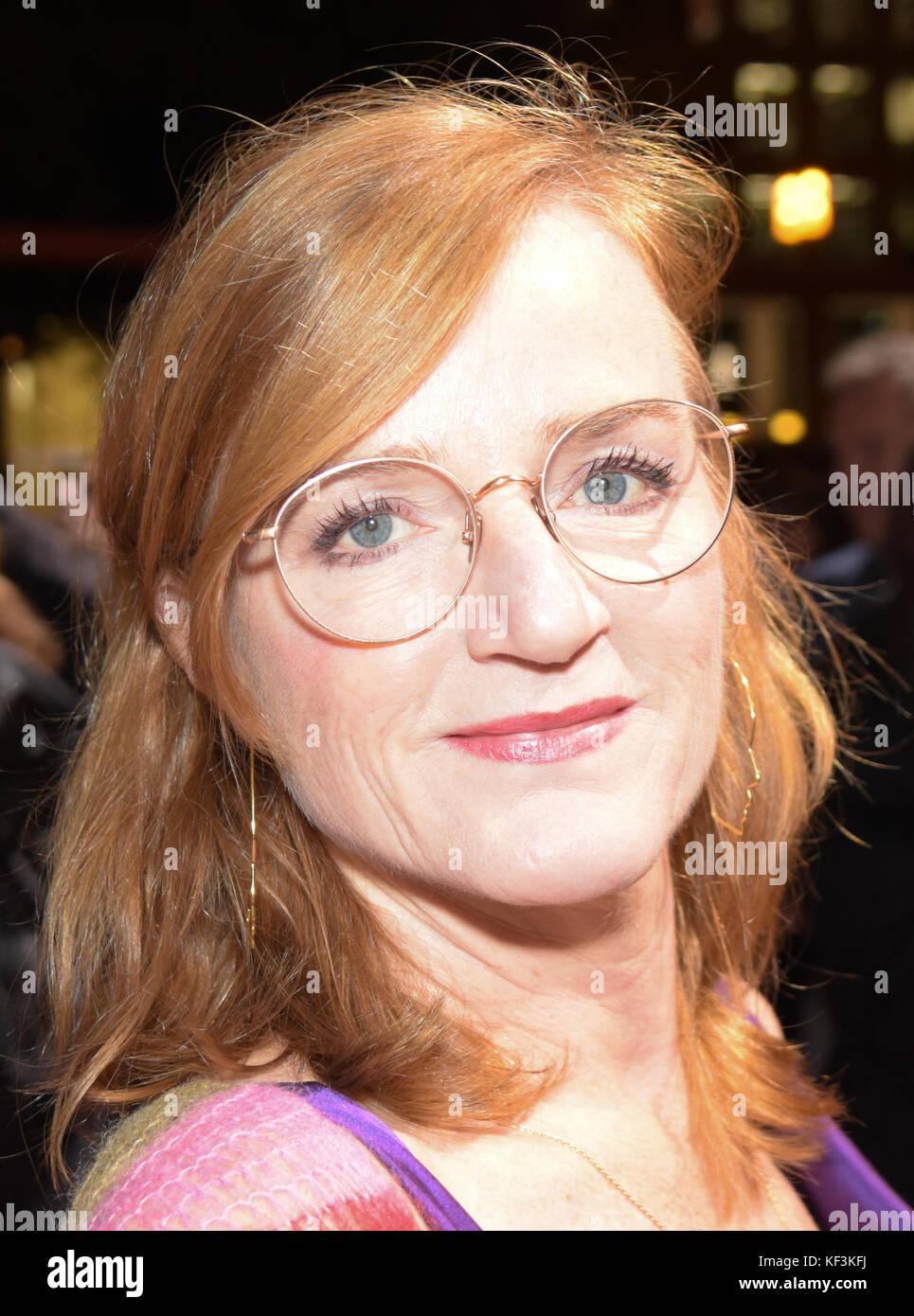 Roten deutsche schauspielerin haaren mit Warum Stars