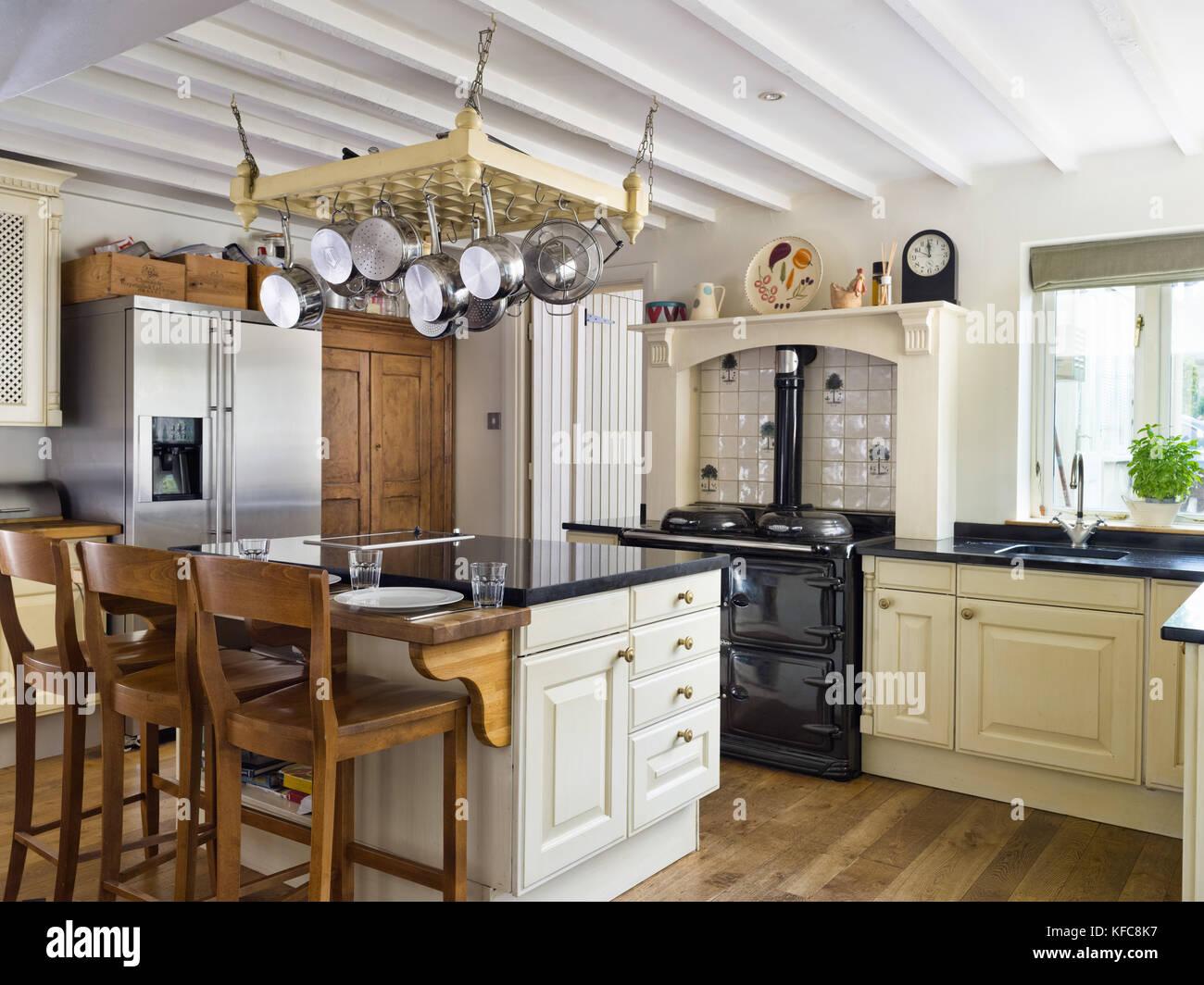 Amerikanischer Kühlschrank In Küche : Side by side kühlschrank grau küche mit kochinsel und side by