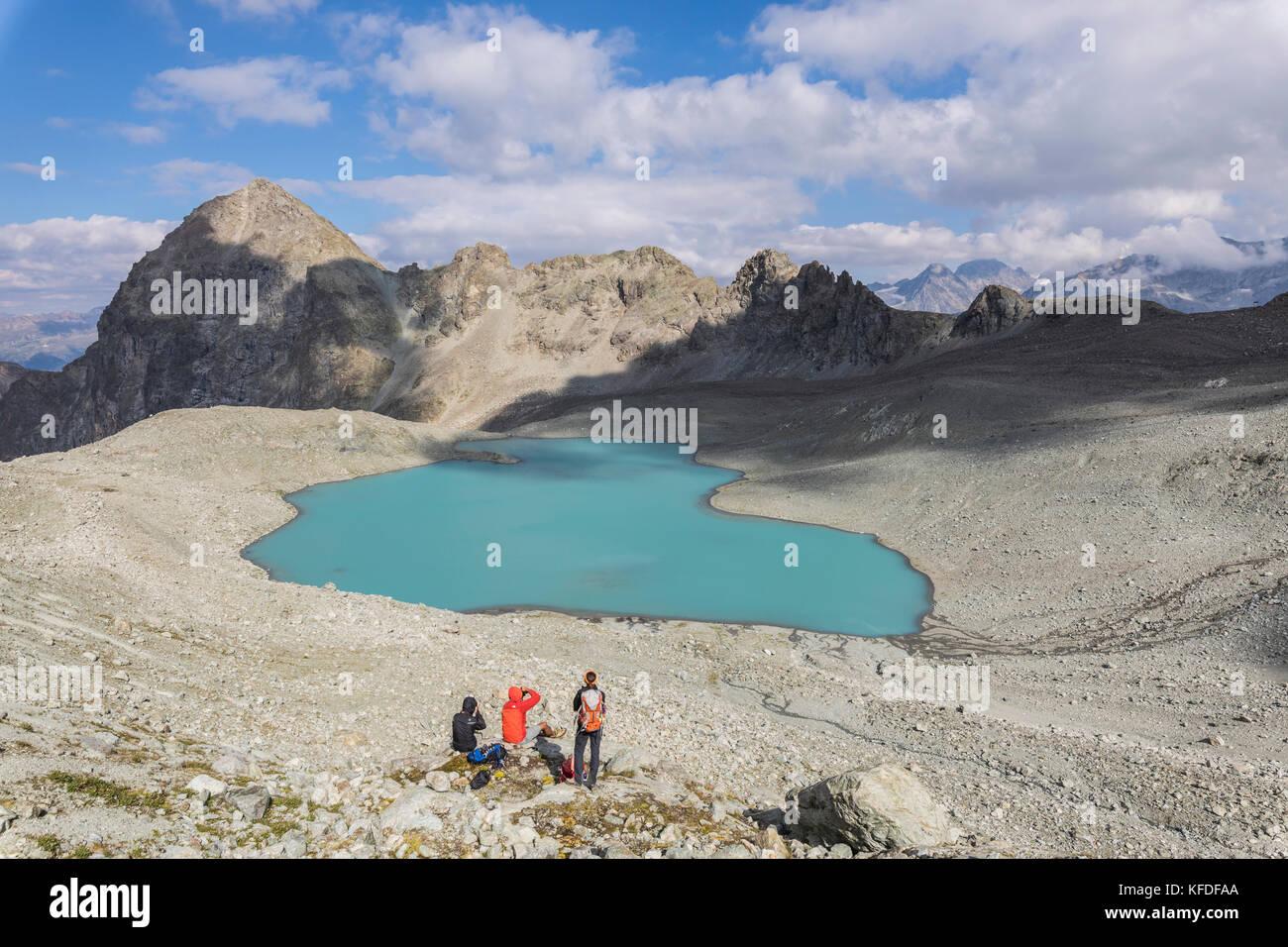 Fotografen bei lej Lagrev im Sommer, Silvaplana, Graubünden, Engadin, Schweiz Stockbild
