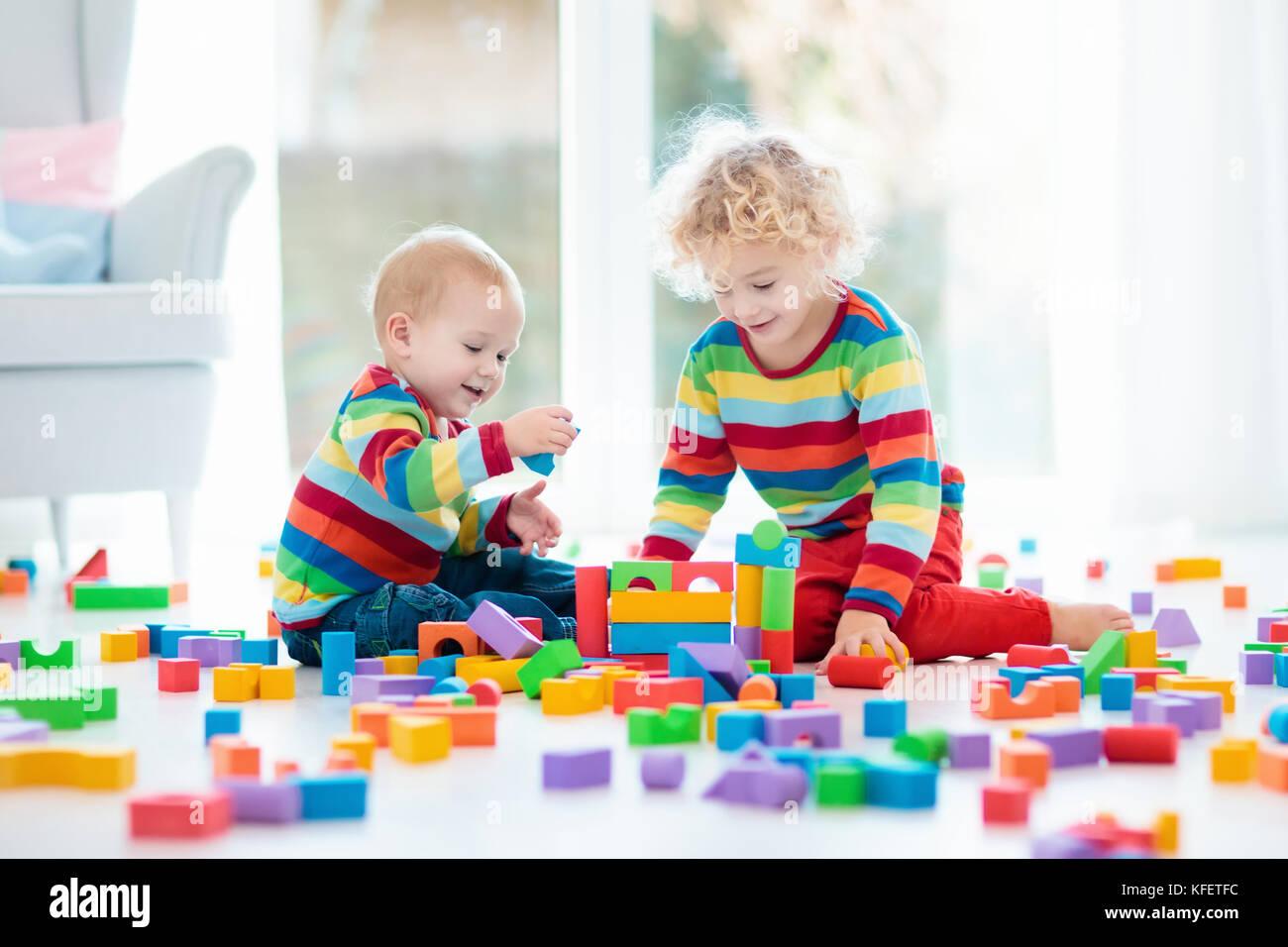 con che giocattolipedagogica elementari dei Bambini giocano di particelle le legno 4L5ARcjq3