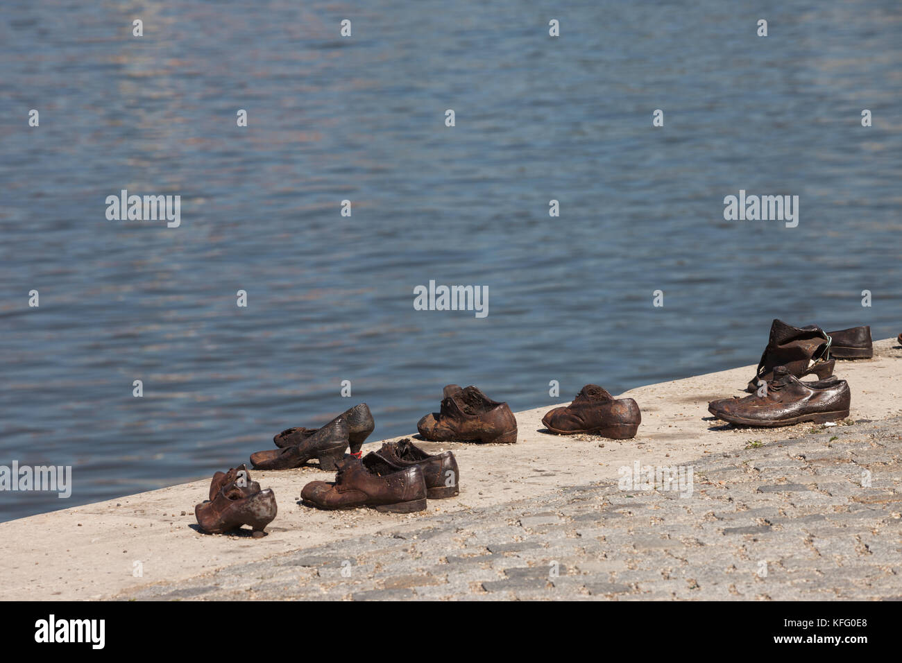 Schuhe Am Donauufer Denkmal Am Ufer Des Flusses In Budapest Ungarn