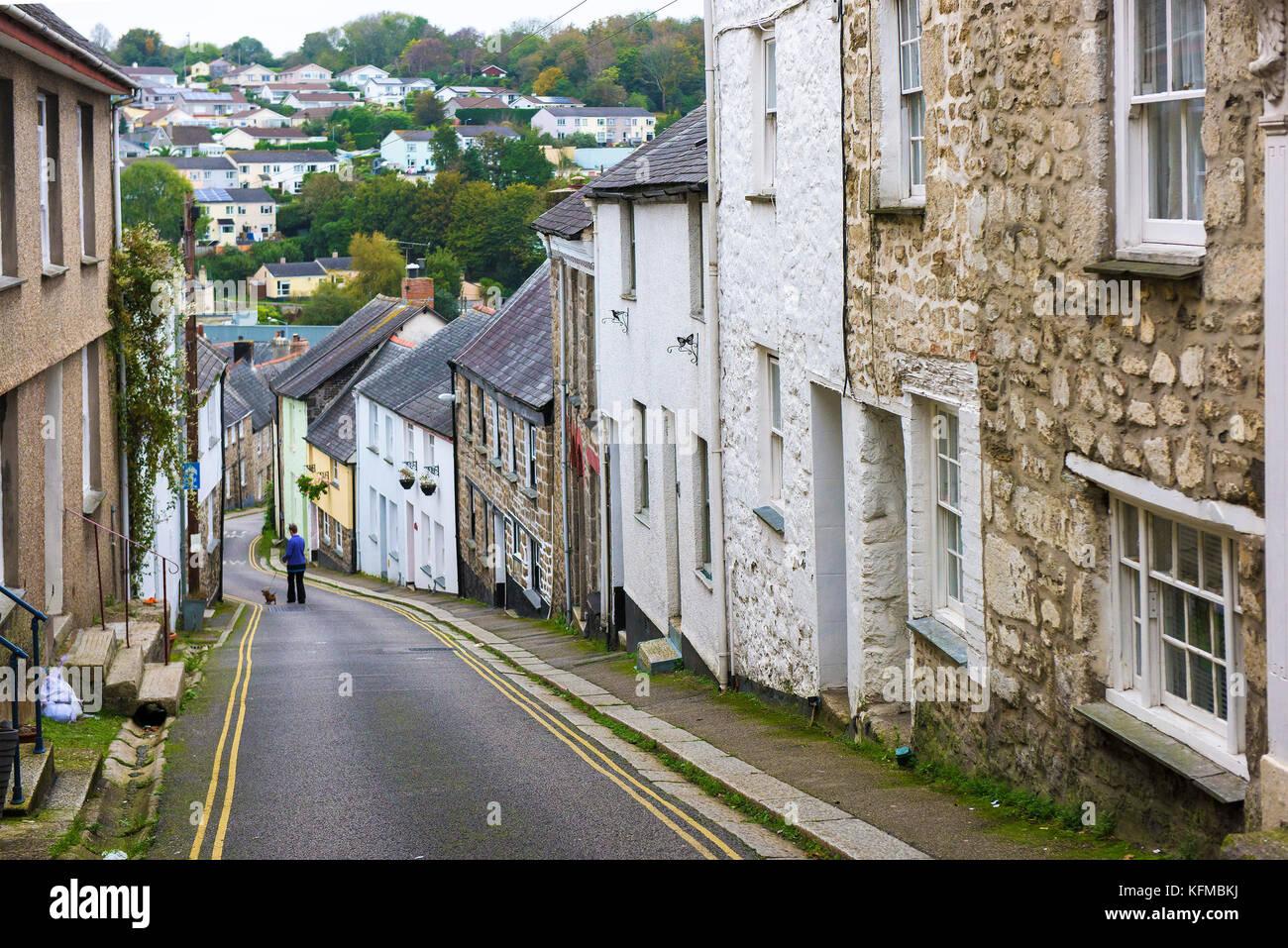 Malerische Straße - Das malerische St Gluvias Straße im Penryn in Cornwall. Stockbild