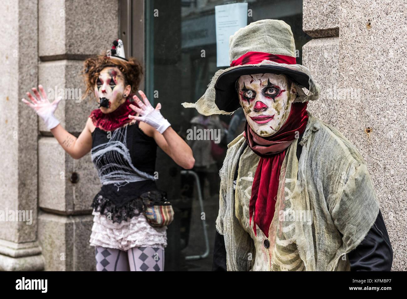 Zombies - Zwei zombie Clowns in der jährlichen Zombie kriechen in Newquay, Cornwall. Stockbild