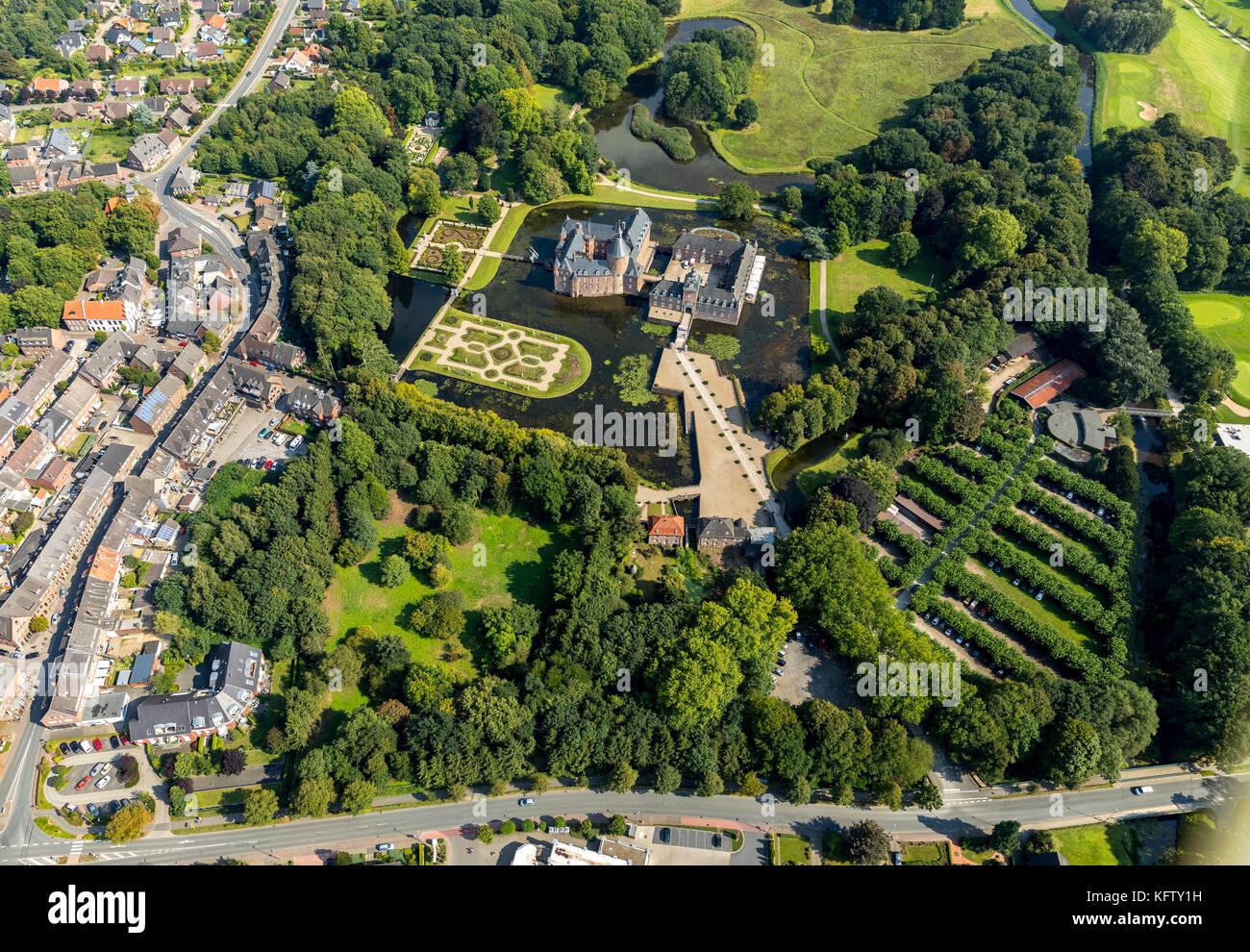 Isselburg, Niederrhein, Romantik Parkhotel Wasserburg Anholt, Museum Wasserburg Anholt, mit barocken Karten, Wasserburg Stockbild