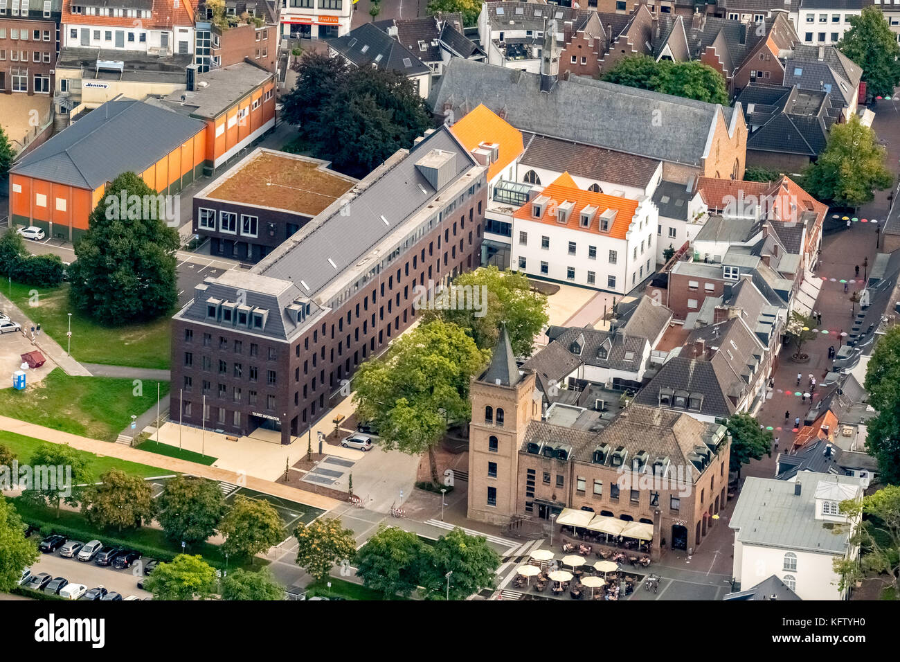 Rathaus der Stadt Kleve, Wirtschaft, Tourismus und Marketing Kreis Kleve gmbh, Kleve, Niederrhein, Nordrhein-Westfalen, Stockbild
