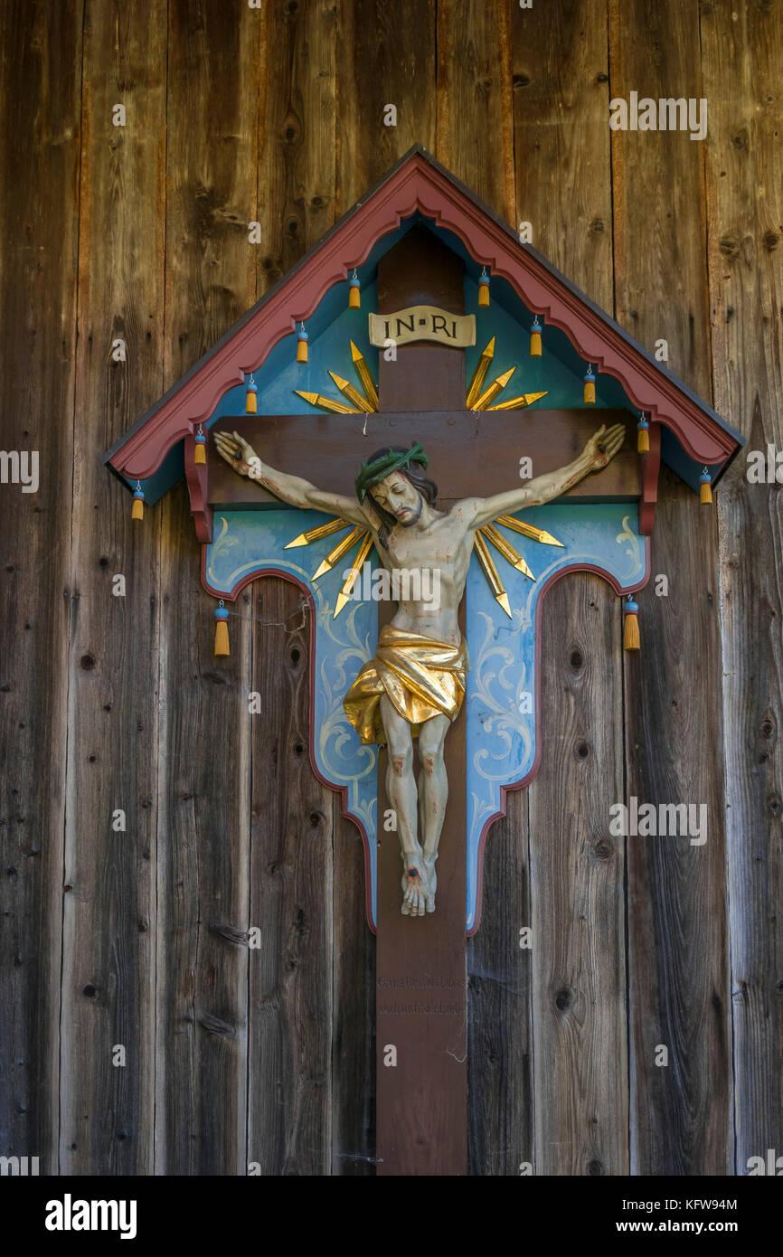 Bildstock, Kruzifix, Markus Wasmeier Bauernhof- und Wintersport Museum, Schliersee, Oberbayern, Bayern, Deutschland, Stockbild