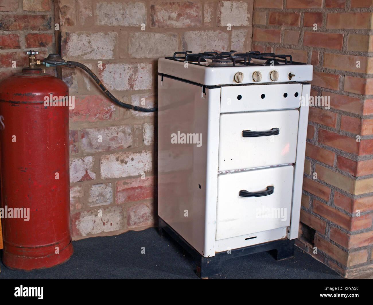 Beliebt Alte Küche Gasherd mit Gasflasche Stockfoto, Bild: 164713836 - Alamy MZ34