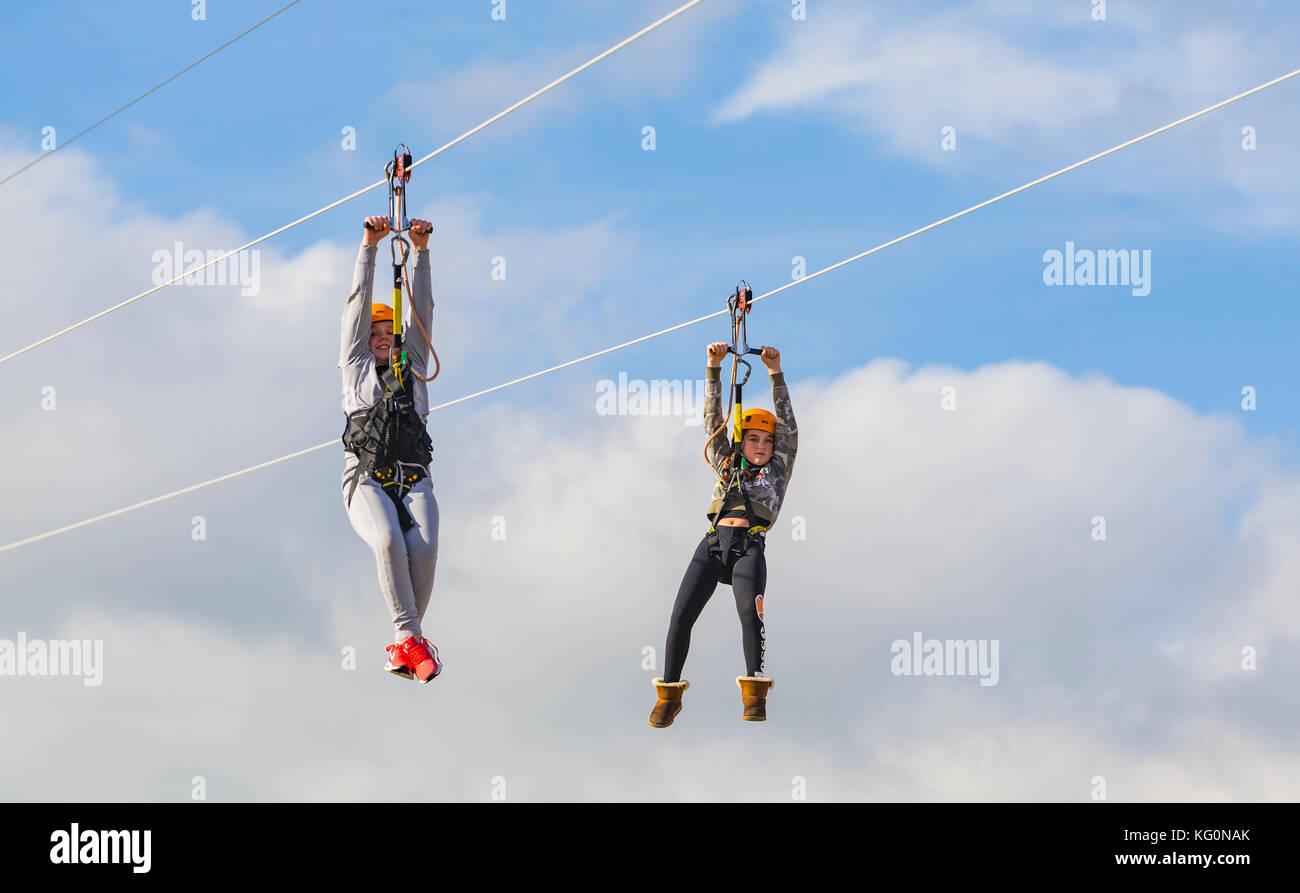 Zip Line And Child Stockfotos & Zip Line And Child Bilder - Alamy