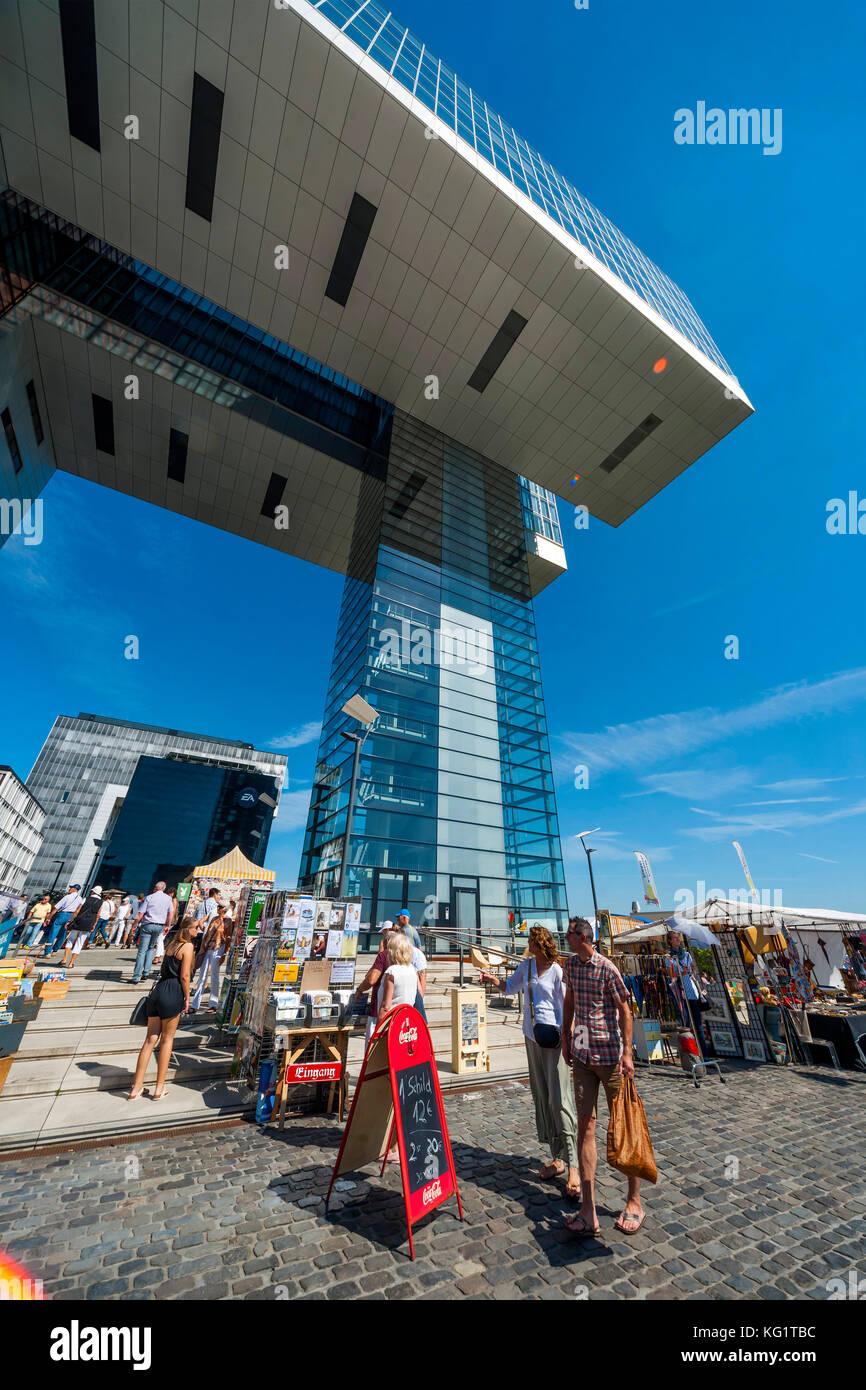 Köln, Nordrhein-Westfalen, Deutschland: Kranhaus Süd-Nostalgie-Markt Stockbild
