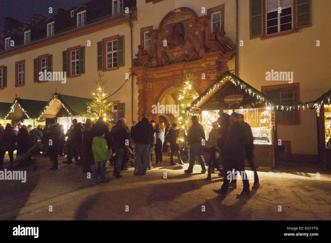 Weihnachtsmarkt Bad Homburg.Bad Homburg Hessen Weihnachtsmarkt Schloss Stockfoto Bild
