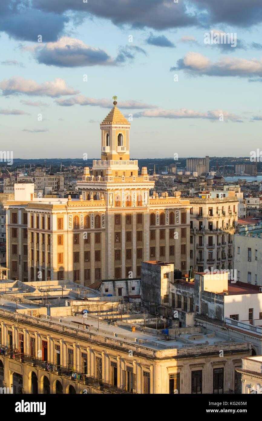Architektur von einem erhöhten Blick in der Nähe des Malecon, Havanna, Kuba, Karibik, Mittelamerika Stockbild