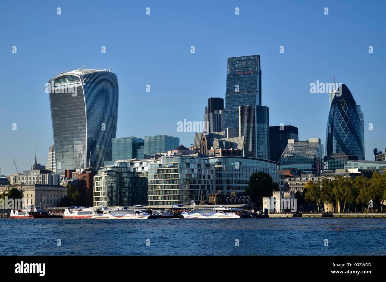 Financial District, London, UK. 20 Fenchurch Street, Leadenhall Gebäude, Turm 42, und Gurke alle sichtbar. Stockbild