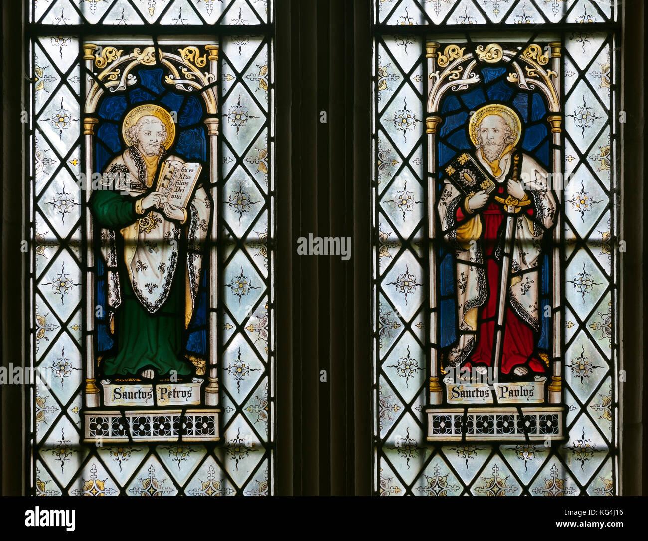 St. Peter und Paul Glasmalerei, St. Margaret's Church, Acton Scott, Shropshire, England, Großbritannien Stockbild