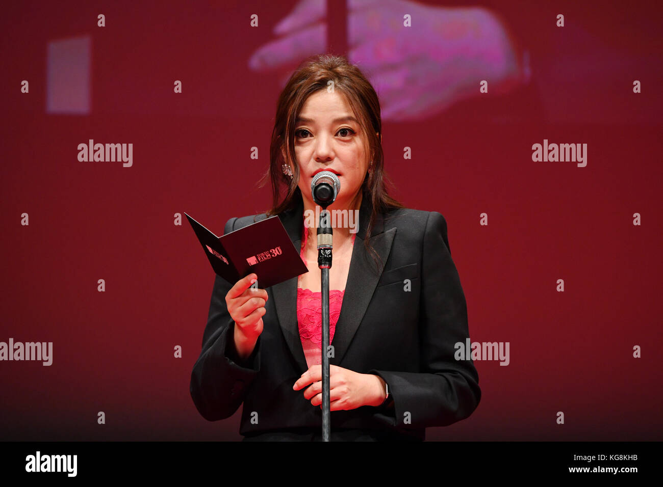 Zhao Wei, November 03, 2017 - Die 30. Tokyo International Film Festival, Abschlussfeier, in Tokio, Japan, November Stockbild