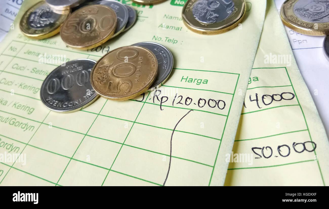 Zahlungseingang Berechnung Mit Indonesien Rupiah Singapur Dollar