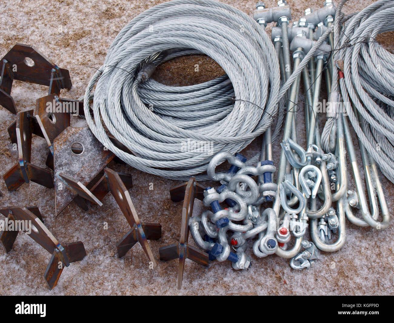Wire Nuts Stockfotos & Wire Nuts Bilder - Alamy