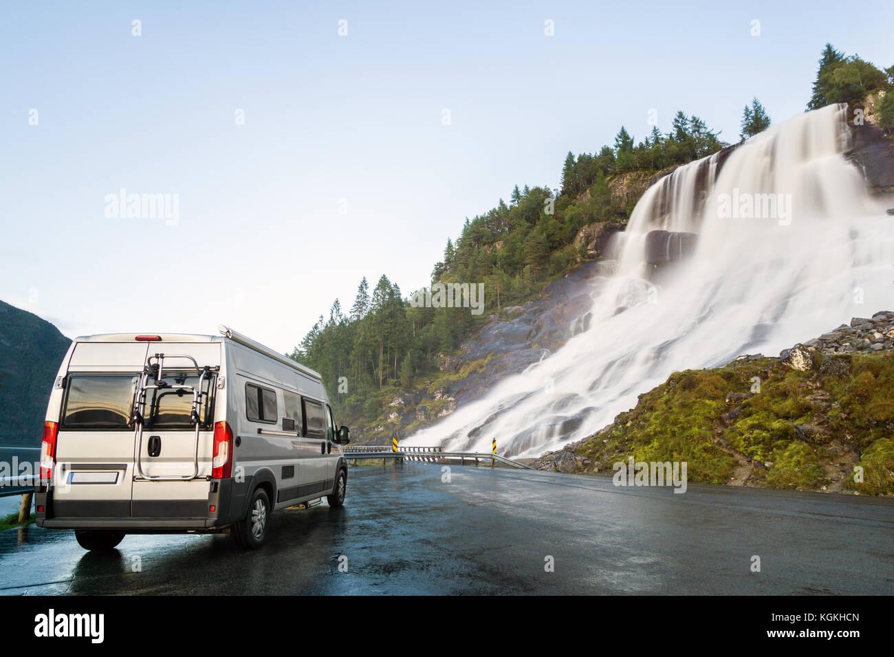 Camping Van Stockfotos & Camping Van Bilder Alamy
