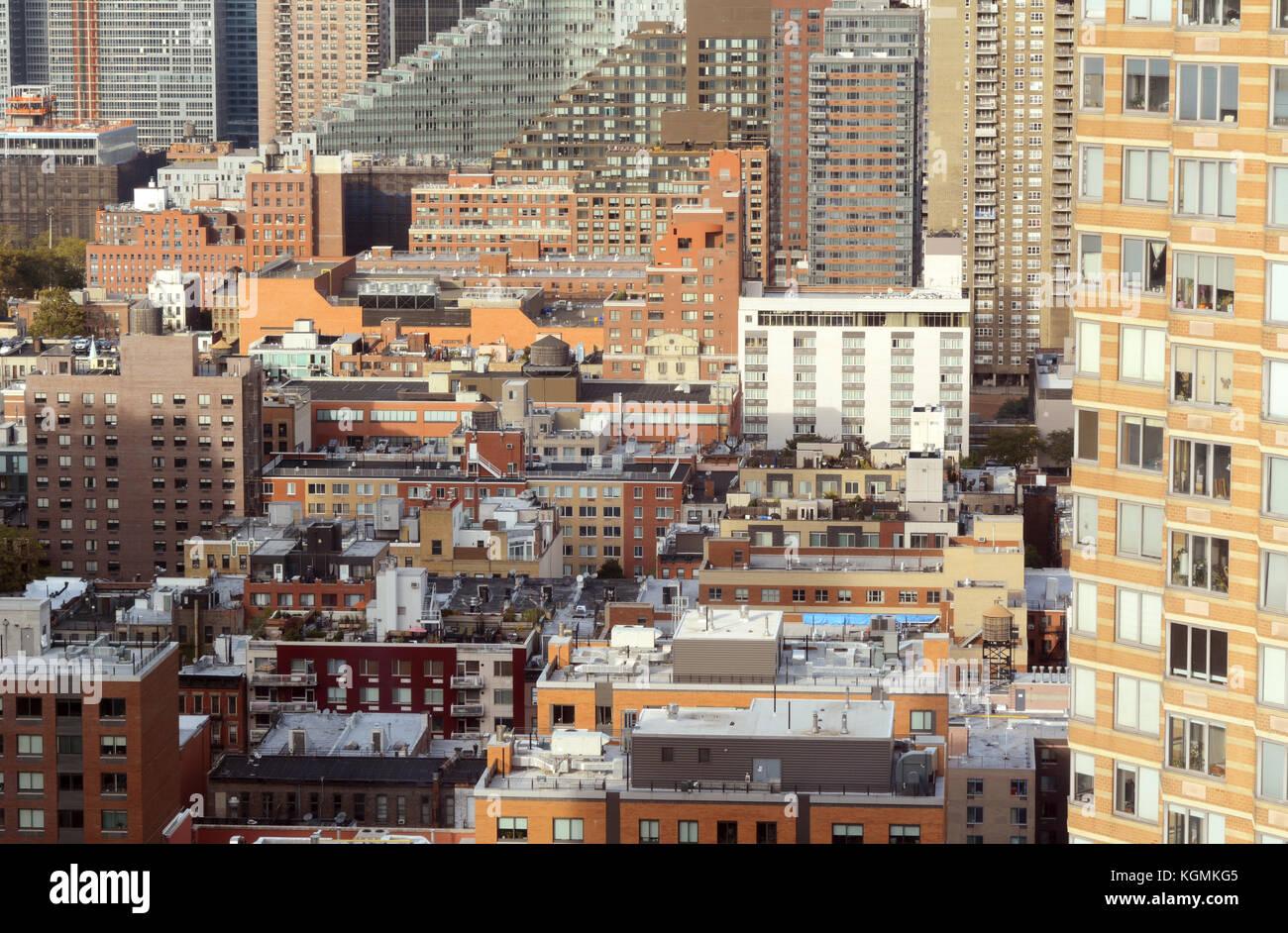 Stadtbild von Wohnung und Büro Gebäude in der Hölle Küche, New York ...