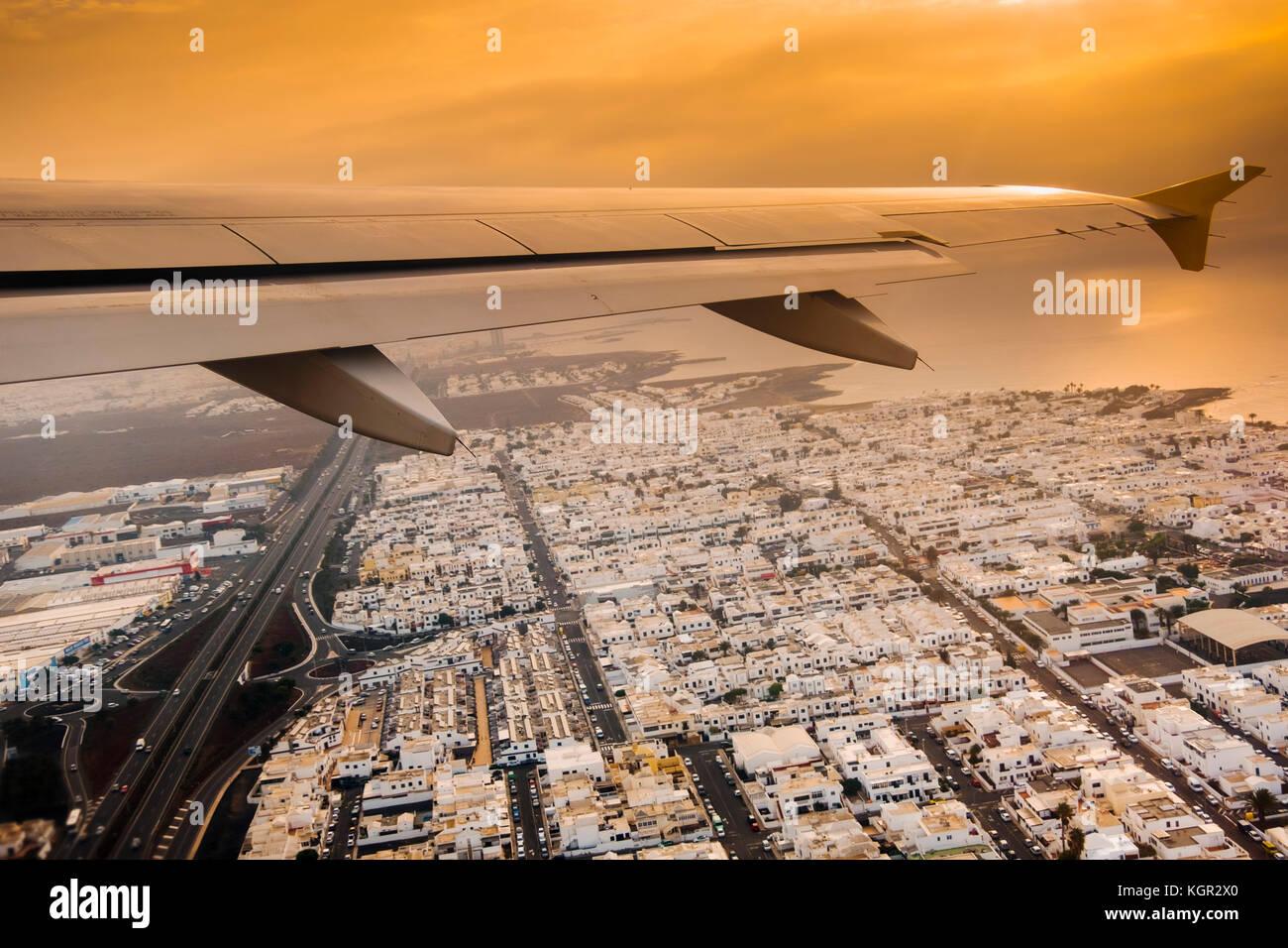 Flugzeug weg vom Flughafen Lanzarote Lanzarote Insel. Kanarische Inseln Spanien. Europa Stockbild