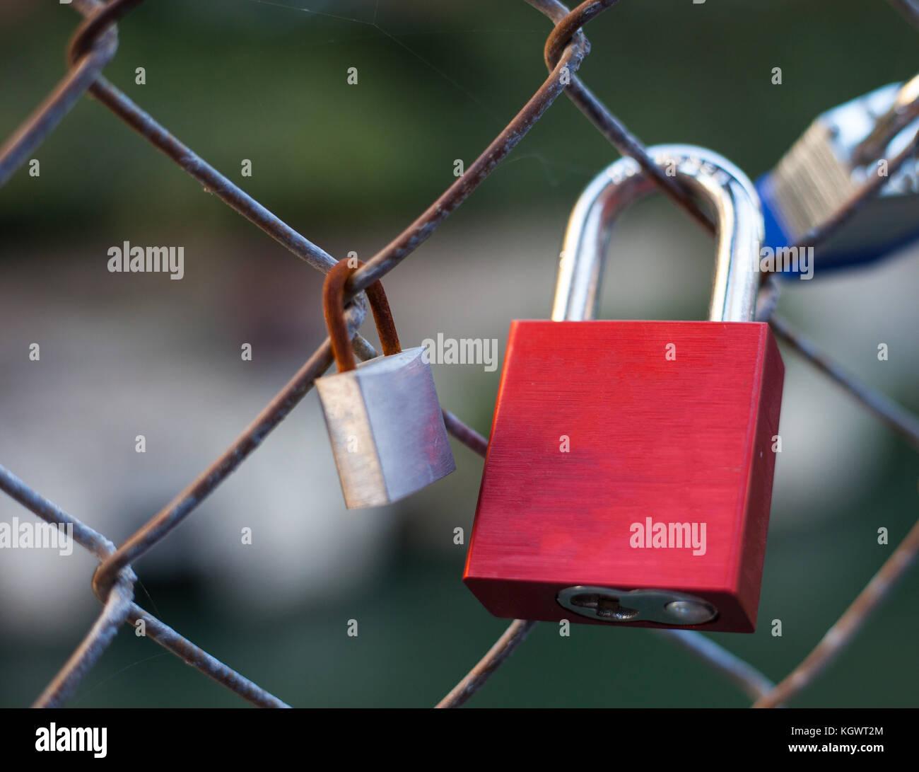 Ausgezeichnet Sicherheitsschloss Draht Zeitgenössisch - Schaltplan ...